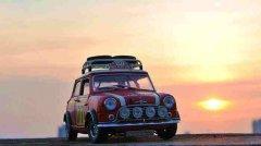 MINI于英国银石赛道庆祝成立60周年