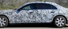 海外媒体曝光了一组全新梅赛德斯-奔驰S级Guard车型